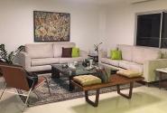 Antes: Vista da sala de estar.